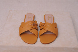 Magnolia - Tan leather M20-046