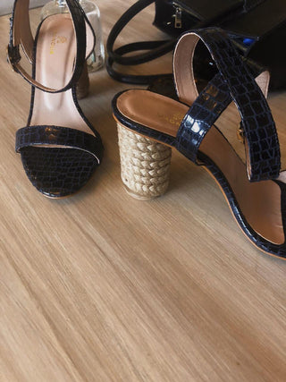 Magnolia - Navy Crocodile Kaya One - M20-254