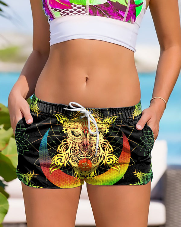 Color Om Owl big Women's Shorts - ShantiBanti