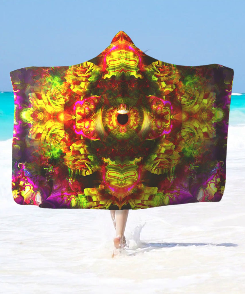 Golden Eye Hooded Blanket - ShantiBanti