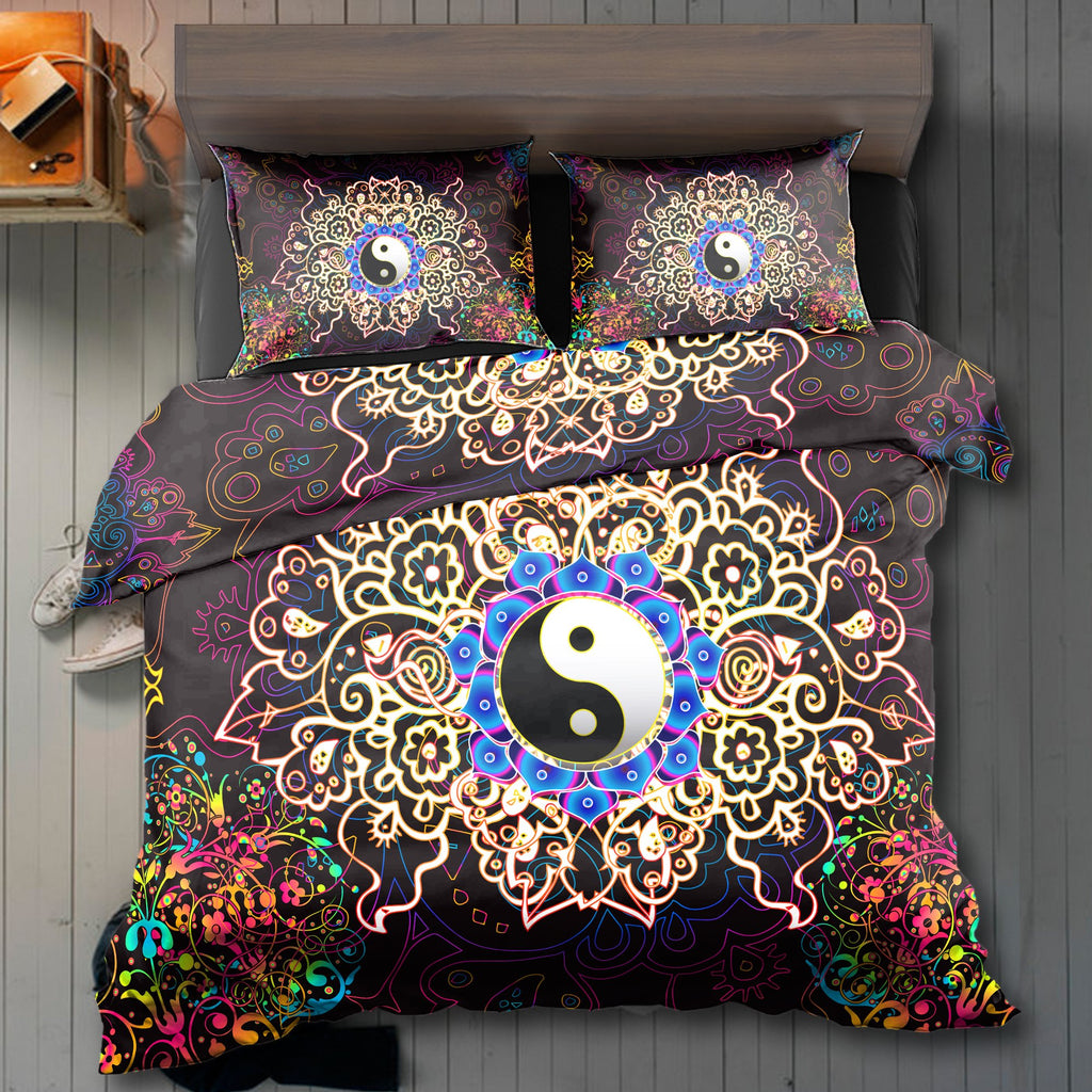 The Light Yin Yang Bedding Set