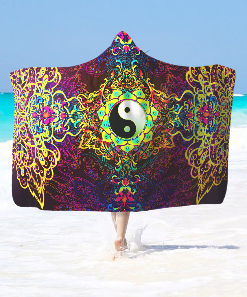 Vibe Yin Yang Hooded Blanket