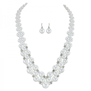 Graduated Pearl Necklace & Earring Set