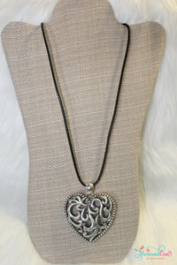 Antique Heart Necklace - Silver