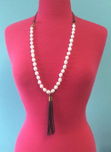 Baroque Pearl Leather Necklace