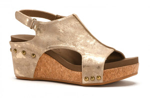 Carley Wedge in Taupe Metallic