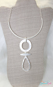 Dazzling Necklace - Matte Silver