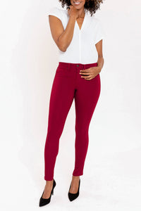 Hyperstretch Skinny Jean in Burgundy