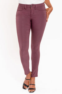 Hyperstretch Skinny Jean in Sangria