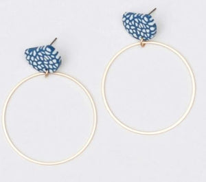 Poise Trend Spotted Navy Earrings