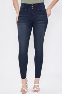 3 Button Signature Slim Stretch High-Rise Skinny Jeans in Dark Indigo Wash