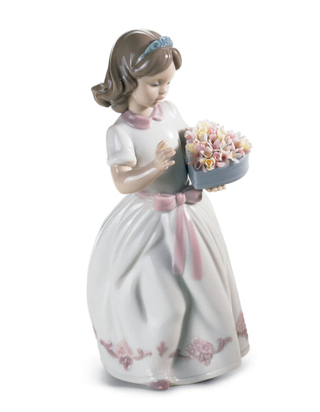 Lladro For A Special Someone Girl Figurine - Dalmazio Design