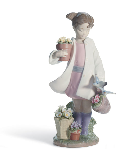 Lladro Delicate Nature Girl Figurine - Dalmazio Design