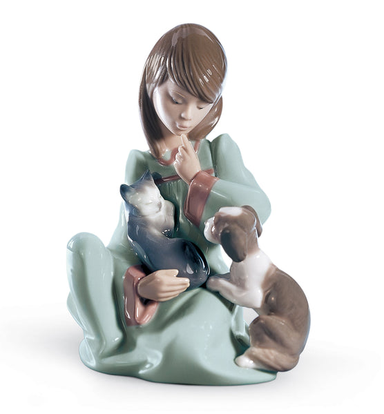 Lladro Cat Nap Girl Figurine - Dalmazio Design