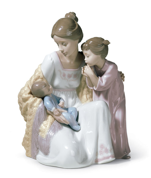 Lladro Welcome to The Family Figurine - Dalmazio Design
