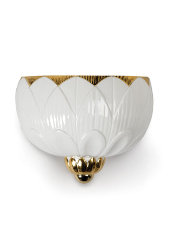 Lladro Ivy & Seed Wall Sconce. White and Gold. (US) Dalmazio Design