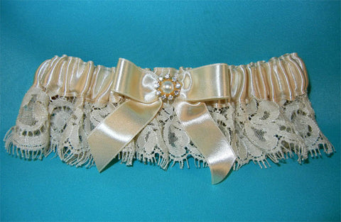 Champagne Lace Garter w/ Gold Accent