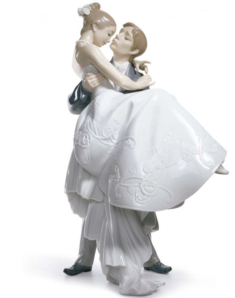 Lladro The Happiest Day Couple Figurine Type 356 - Dalmazio Design