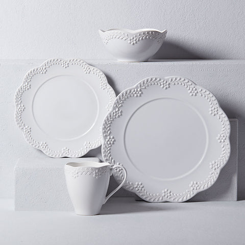 Chelse Muse Floral White™ 4 piece place setting