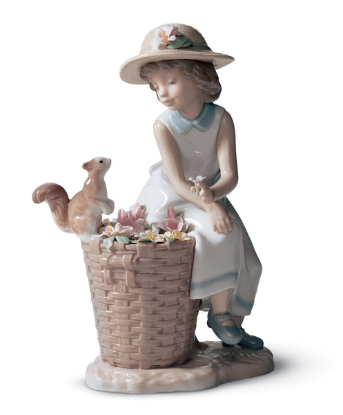 Lladro Hello Little Squirrel! Girl Figurine - Dalmazio Design