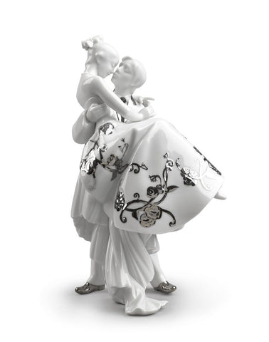 The Happiest Day Couple. Figurine. Silver luster