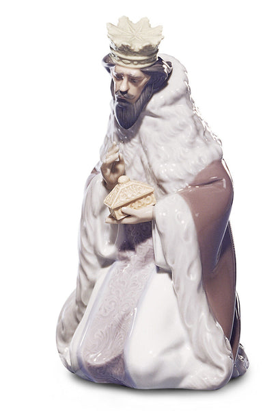 Lladro King Gaspar Nativity Figurine-II - Dalmazio Design