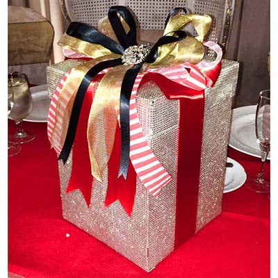 Dalmazio Design Bling Envelope Box with Ribbon Decor Rental