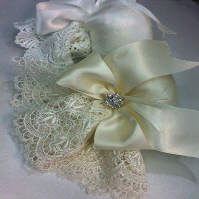 Venice Lace Sachet with Bow & Rhinestone Button