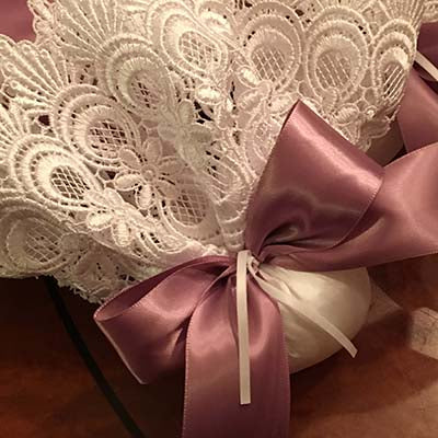 Venice Lace Sachet with Bow