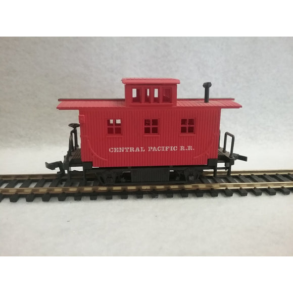 HO Scale Bachmann  Central Pacific R.R. Caboose