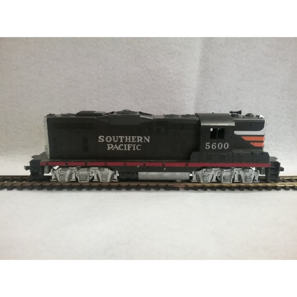 HO Scale Athearn Southern Pacific Locomotive #5600