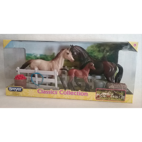 1/12 Scale Breyer 61061 Sport Horse Family