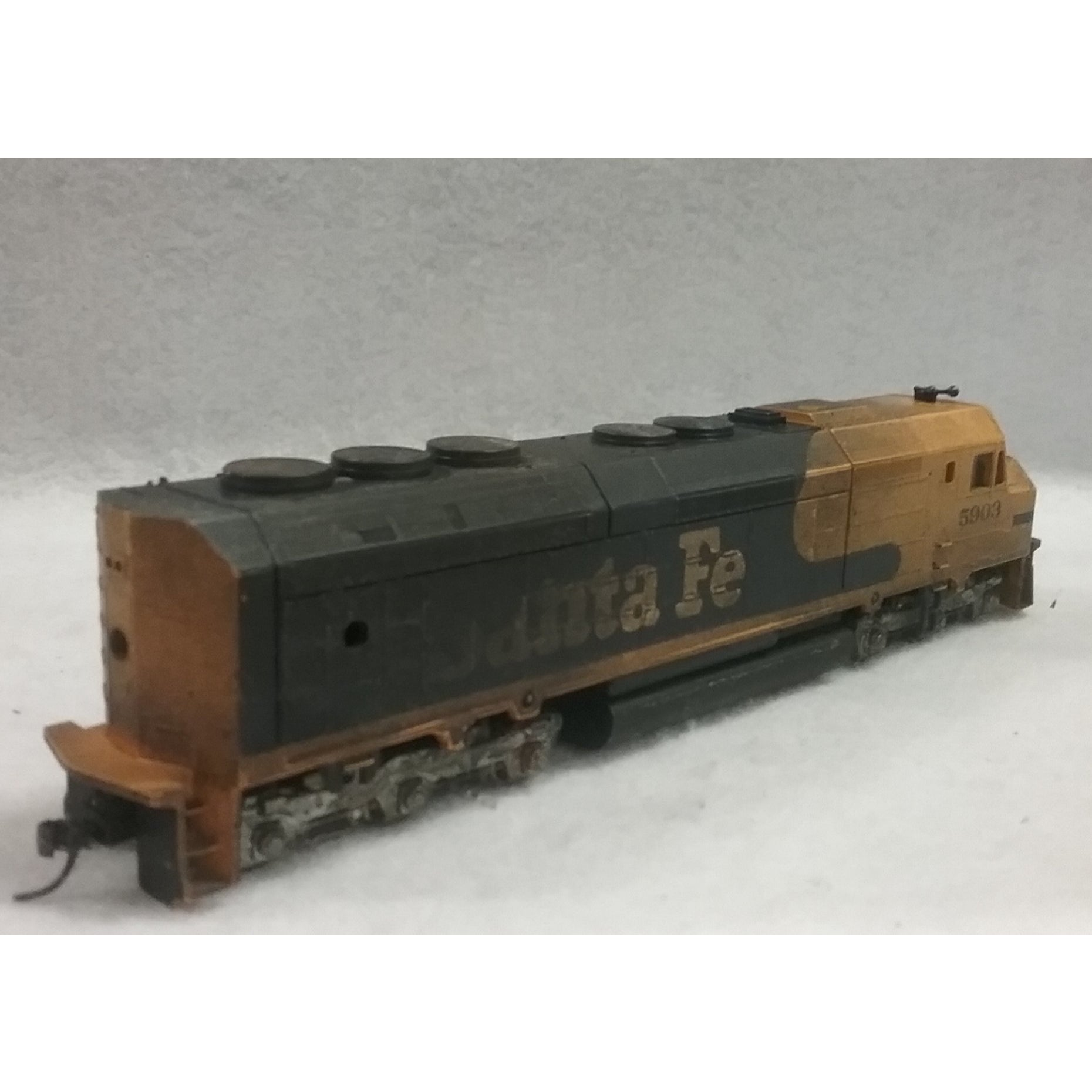 Ho Scale Athearn Santa Fe Diesel Locomotive No 5903 Swasey S Hardware Hobbies