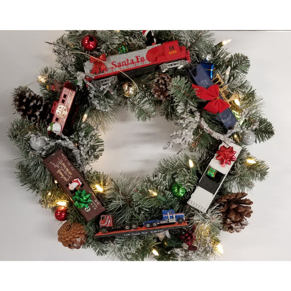 HO Scale Train Christmas Wreath
