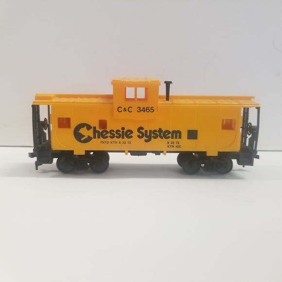 HO Scale AHM  Chessie System Caboose No. C & O 3465