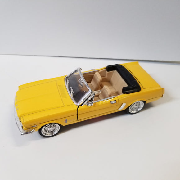 1/24 Scale Sunnyside Ltd. 1964 1/2 Ford Mustang Convertible