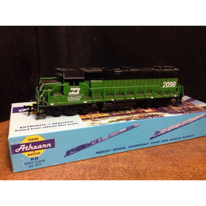 AHM Burlington Northern GP-20 - Swasey's Hardware & Hobbies