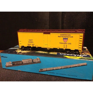 Athearn American Refrigerator 40' Reefer - Swasey's Hardware & Hobbies