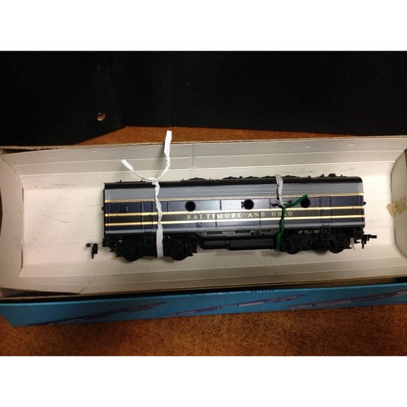 Athearn Baltimore & Ohio B unit unpowered - Swasey's Hardware & Hobbies