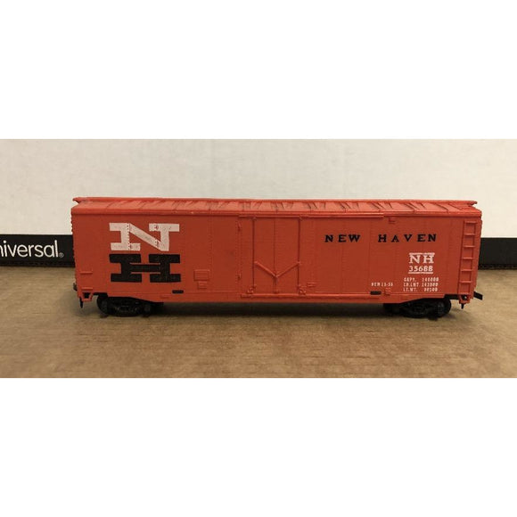 HO Scale Tyco 50' New Haven Box Car