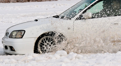 Safety Essentials to Keep In Your Car This Winter