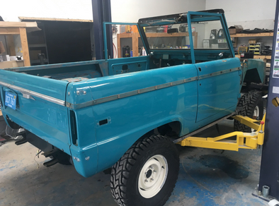 BluePrint's 306 V8 Will Give New Life to Classic Bronco