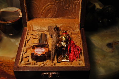 Dhen al Ambergris Grey 'Crude' Oil & Perfume Spray in Gift Case