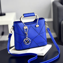 Heart Pendant Crossbody Bag ( 10 colors )
