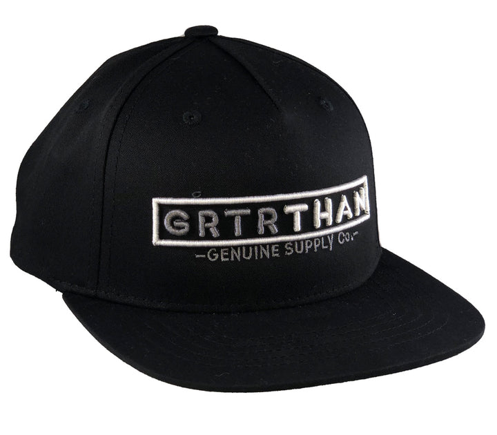 STREAMLINE FLAT BILL HAT BLACK (YOUTH)