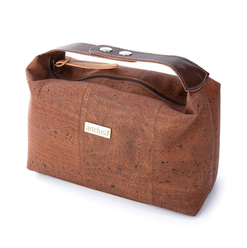MEN'S COSMETIC CORK TRAVEL BAG - Liore's Premium Cork