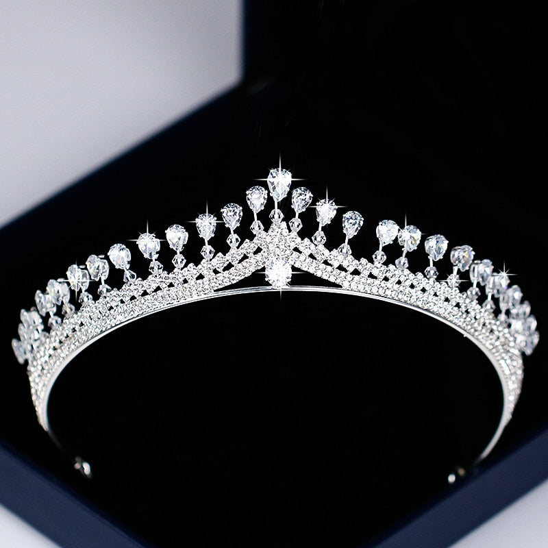 Crystal Tiaras - Silver | HERS.BOUTIQUE