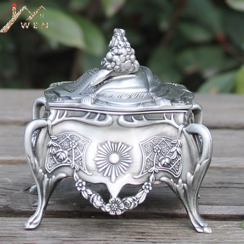 Antique Style Jewelry box - Silver | HERS.BOUTIQUE