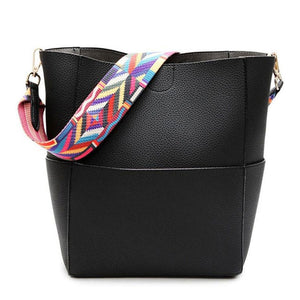 Bucket Shoulder Bag - Black | HERS.BOUTIQUE