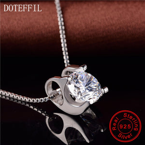 DOTEFFIL Sterling Silver Pendant - White | HERS.BOUTIQUE